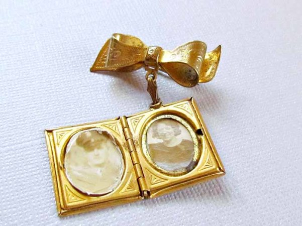 vintagepaige ~ Vintage Coro Gold Book Locket Pin