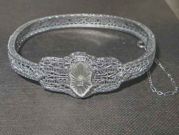 VintageVogueTreasure ~ Art Deco Camphor Glass Bracelet